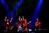 http://musicaengalego.blogspot.com.es/2016/10/fotos-os-john-deeres-na-sala-capitol.html