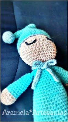 Muñeco dormilon amigurumi tejido a crochet