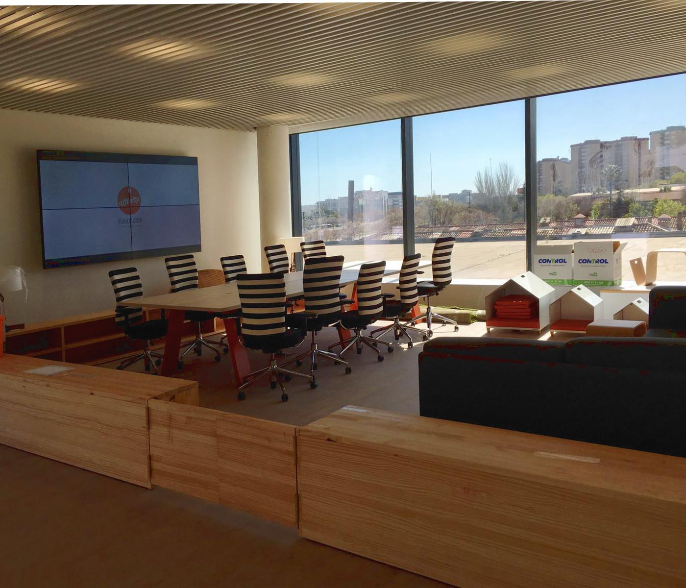 La oficina perfecta para conciliar trabajo familia y - Oficina empleo barcelona ...