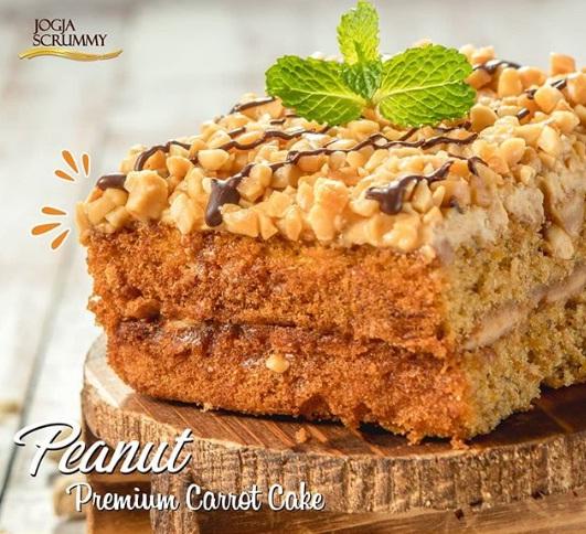 premium carrot cake peanut jogja scrummy
