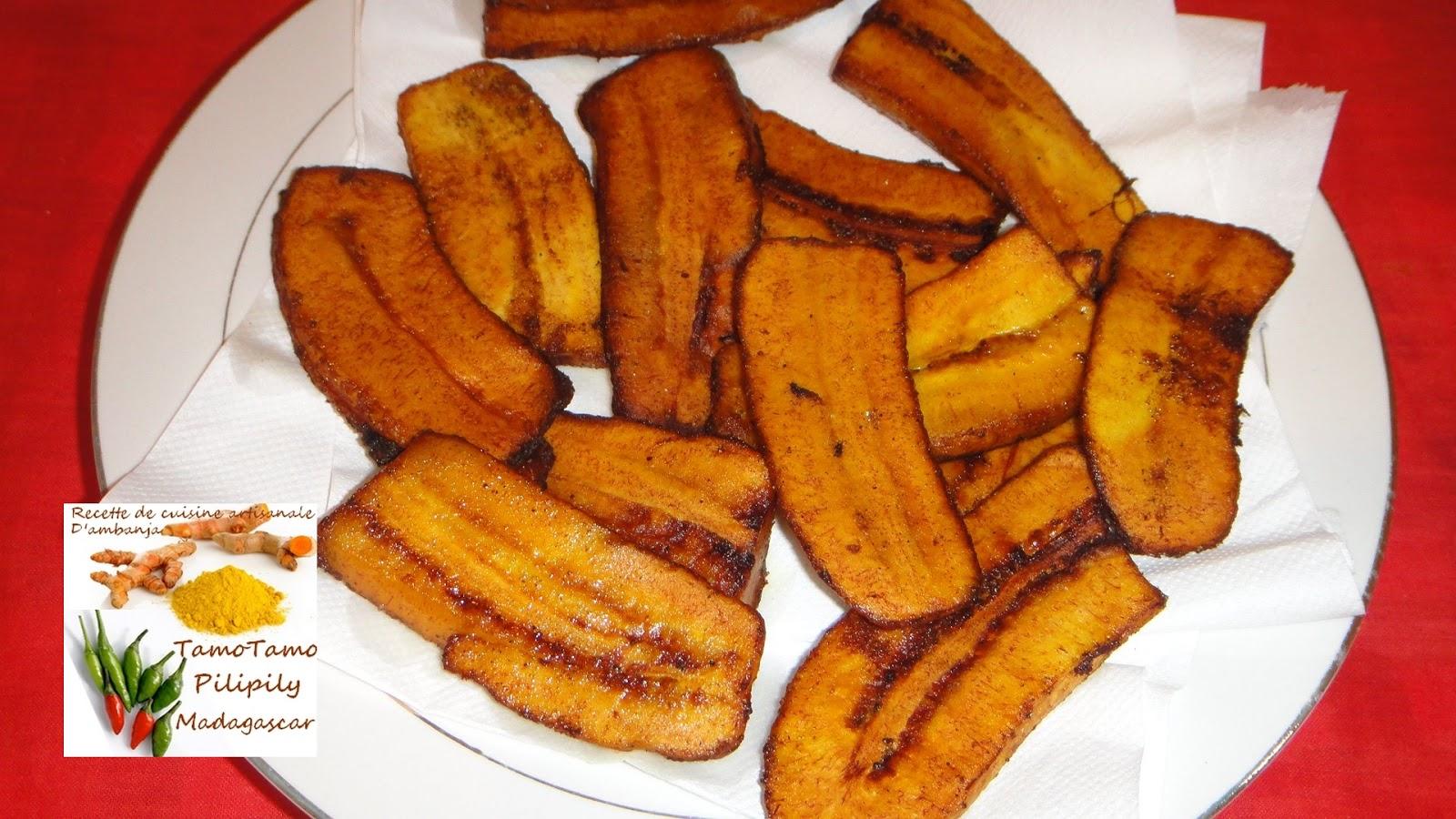 cuisine artisanale d'ambanja ( madagascar ): bananes plantain frits