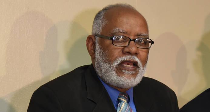 Presidente electo del Colegio Médico promete diálogo, pero con determinación