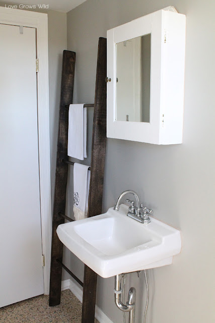 59 Incredibly Simple Rustic Décor Ideas That Can Make Your: DIY Ladder Tutorial
