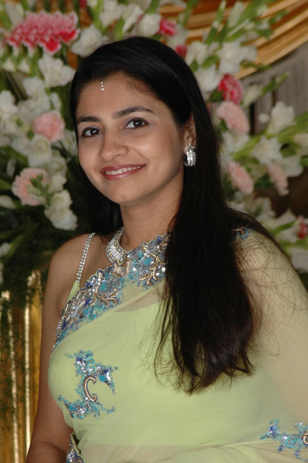Hd Simple Wallpapers Hot Punjabi Girls-7782