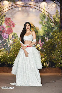 Jhanvi Kapoor at Sonam Kapoor Wedding Stunning Beautiful Divas ~ Exclusive