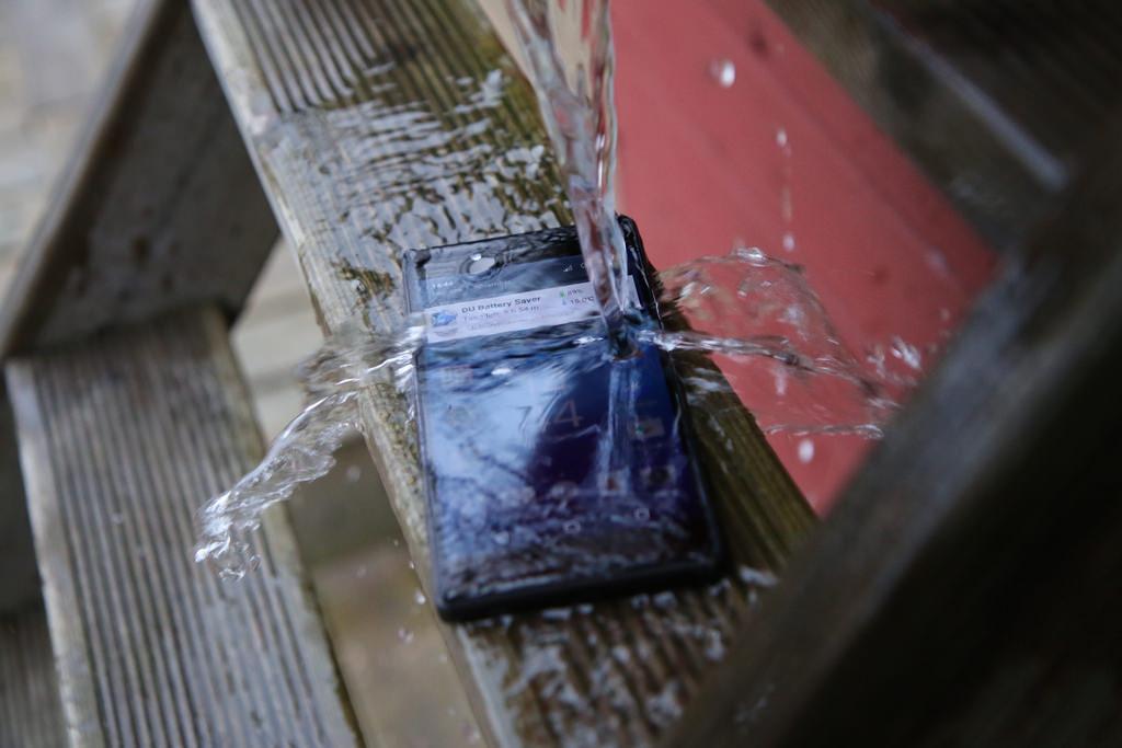 perangkat yang tahan air