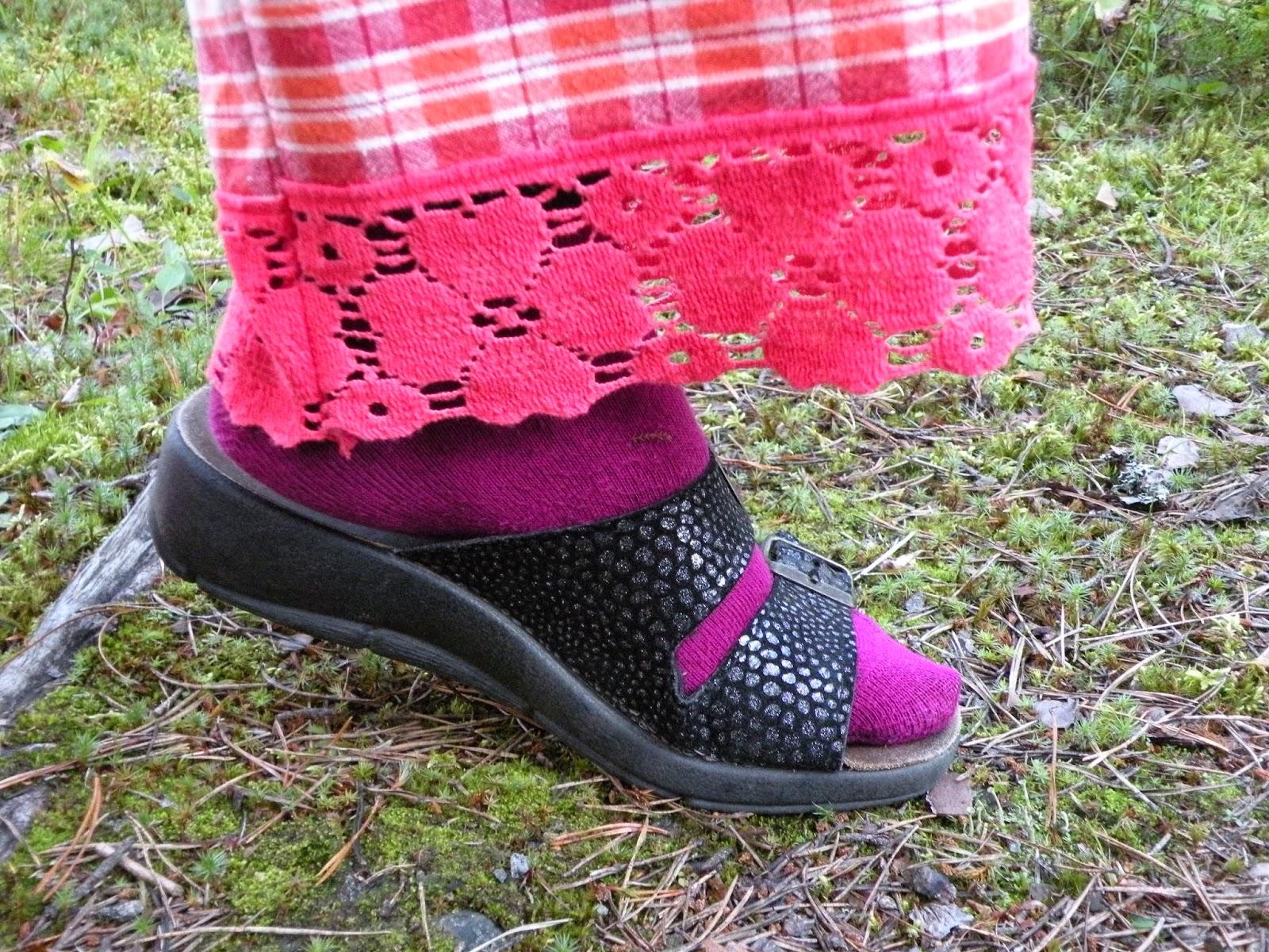 pitsikoriste housuihin