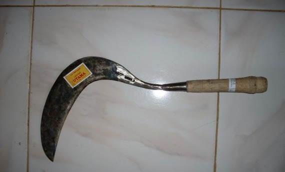 Senjata Tradisional Jawa Barat Lengkap Beserta Gambarnya