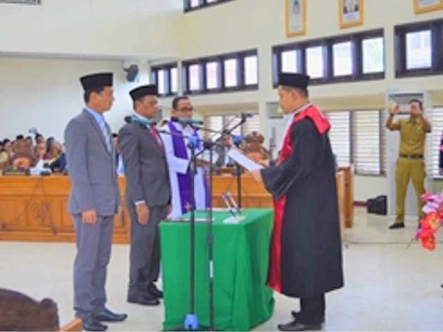 Tony Tunavarni dan  Stevanus Layanan Dilantik Menjadi Wakil Ketua DPRD Maltra