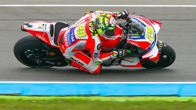 Latihan Bebas 1 MotoGP Assen, Belanda : Iannone Memimpin