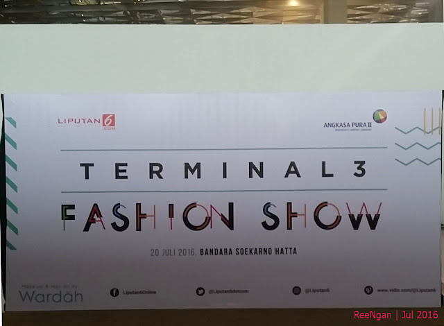 #T3FashionShow, terminal 3 ultimate, fashion show, airport fashion show, escalator fashion show