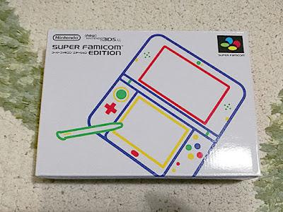 Newニンテンドー3DS LL スーパーファミコン エディションの箱