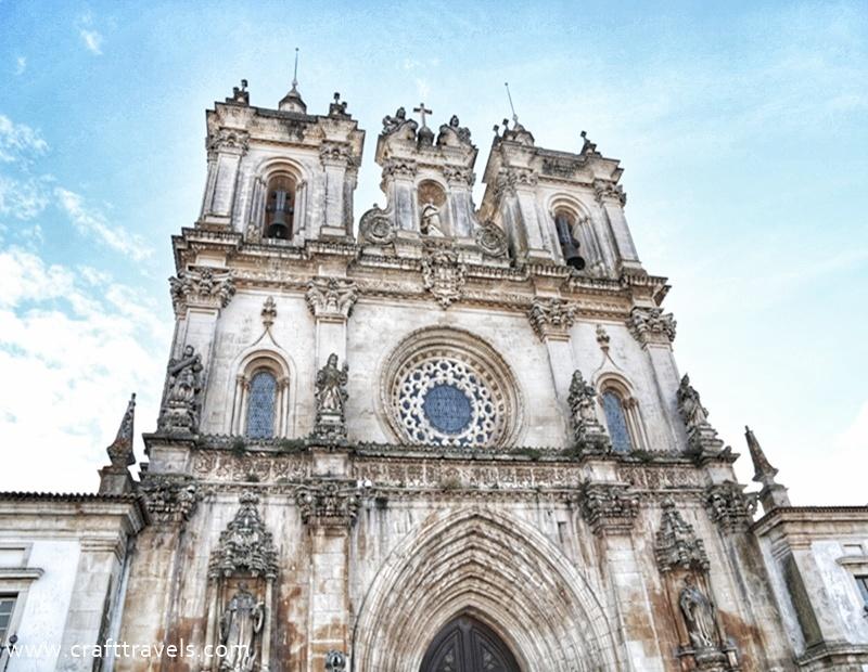 klasztor Alcobaca w Portugalii, Opactwo Cysterów w Alcobaca, miejsce pochówku króla Pedra i Ines de Castro