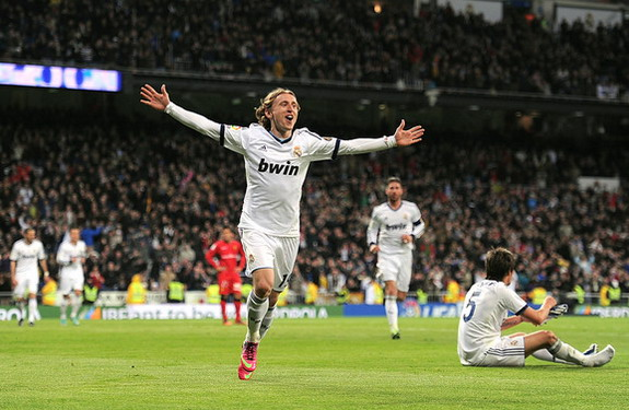 Luka Modrić celebrates after scoring Real Madrid's third goal against Mallorca