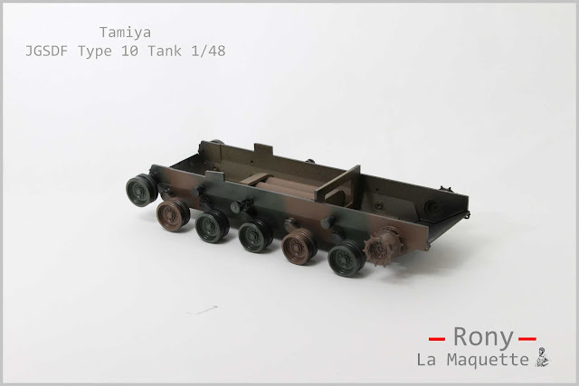 Réalisation du caisson inférieur du char Type 10 de Tamiya