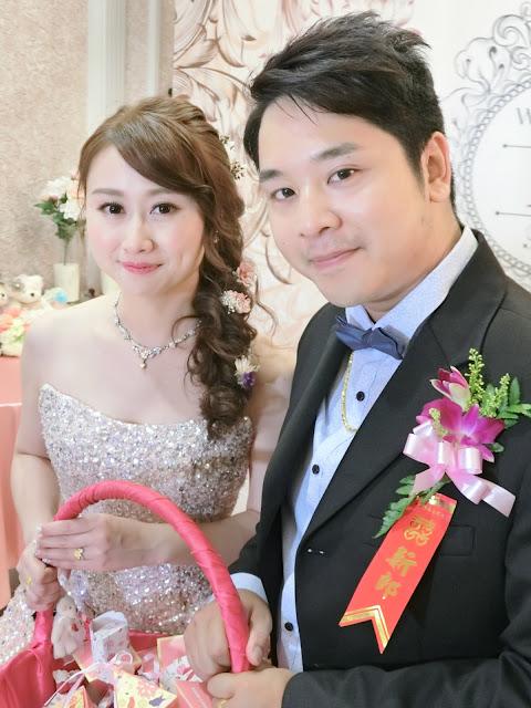 粉紅色禮服 | 瀏海吹彎 | 淡水富基婚宴會館