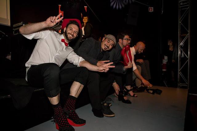 Ambassadeurs de la soirée Robe Rouge de Laval, chaussant leurs talons hauts