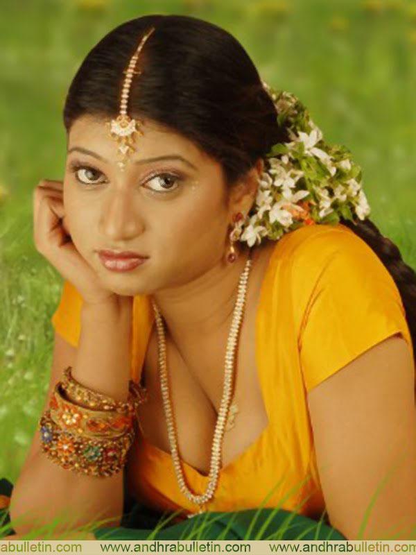 Tamil Kaama Kathaigal Akka Maka Ratthinamee-3-4128
