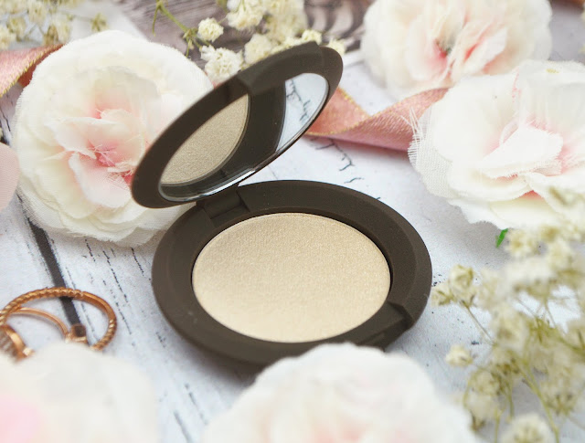 Trying Out Becca Highlighter & Setting Powder, Lovelaughslipstick Blog