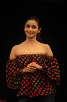 Alia Bhatt at Strut – The Dancemakers 02.JPG
