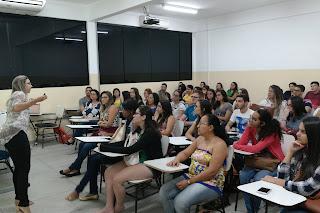Estudantes de Farmácia do CES participam de treinamento para a Campanha Fotoeducação 2017