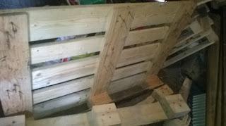 taper-marteau-fort-déclouer-recycler-récupérer-planche