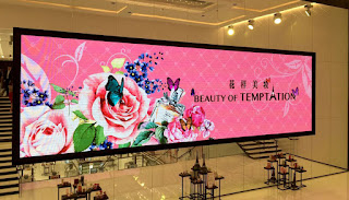 4mm LED Screen at Shoppes, Parisian Casino, Macau