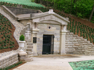 Historic receiving vault, Oakridge Cemetery, Springfield, IL.