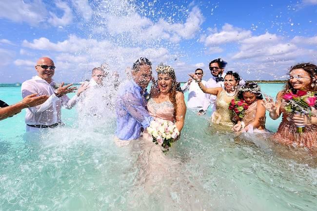 incrivel casamento realizado no mar no caribe 07 - Um casamento no meio do mar. Diferente de tudo que você já viu.