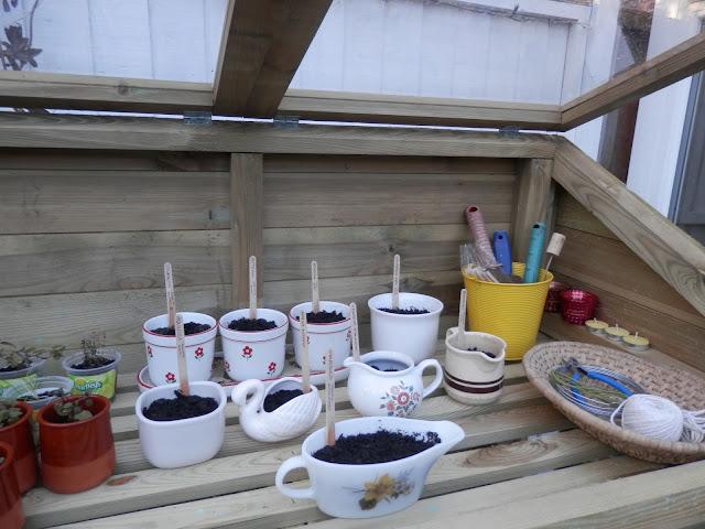 Photo an hour secondhandsusie.blogspot.com
