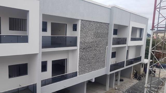 Discrete Luxury Town Houses in Lekki Phase 1