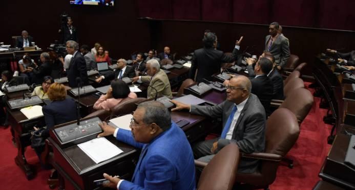 Diputados aprueban préstamo de US$249,6 millones para presa de Monte Grande