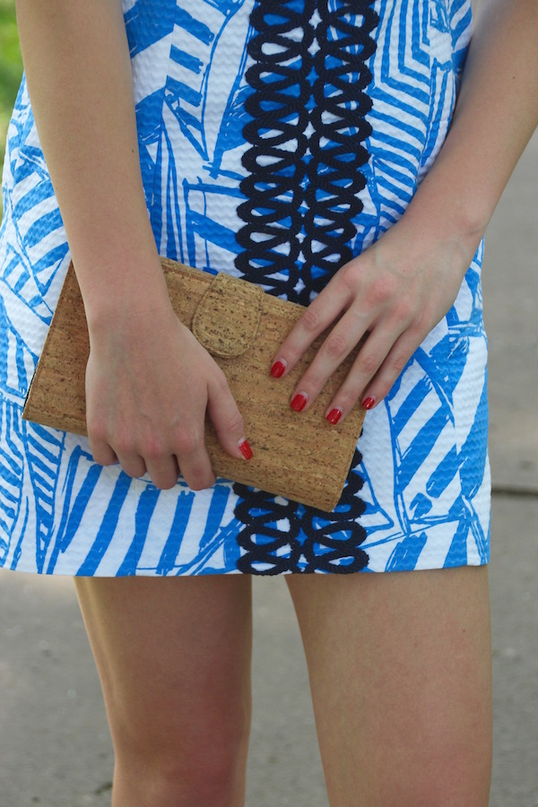 Gimme Glamour: Summer in Lilly. Lilly Pulitzer nautical preppy dress with Jack Rogers, Ray Ban Clubmasters, Pearl Earrings and J. Crew Clutch.