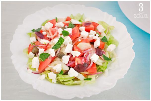 salada grega passo a passo