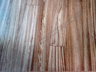 Ξύλινο πάτωμα doussie