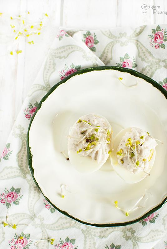 jajka faszerowane pastą z szynki