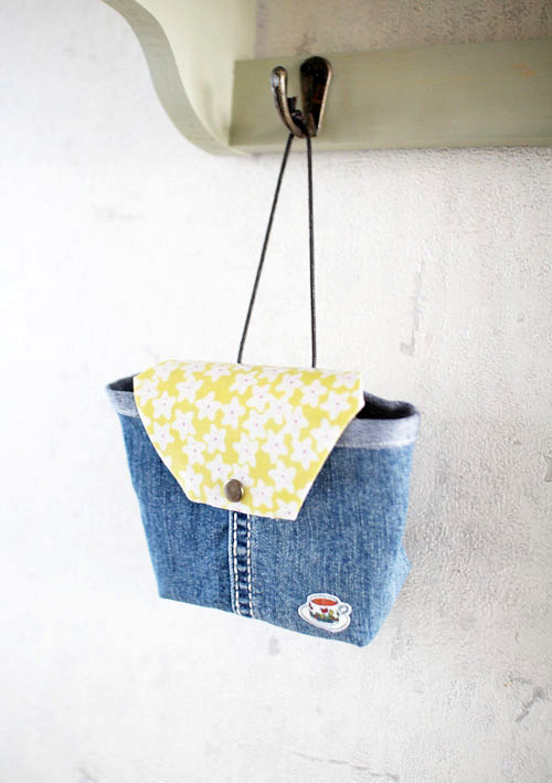How to make handbag from old jeans. DIY Tutorial in Pictures.