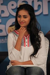 Tamil Actress Sri Divya