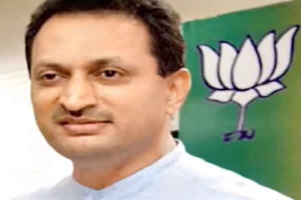 union-minister-anant-kumar-hegde-remove-secular-from-constitution