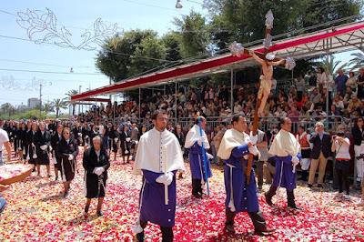 Festa di Sant'Efisio e la festa del lavoro a Cagliari