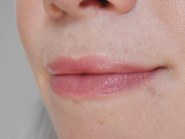 Rouge à lèvres lumière 01 Majalis - Dr Hauschka