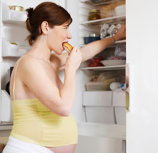 When Do People Start Showing When Pregnant 5