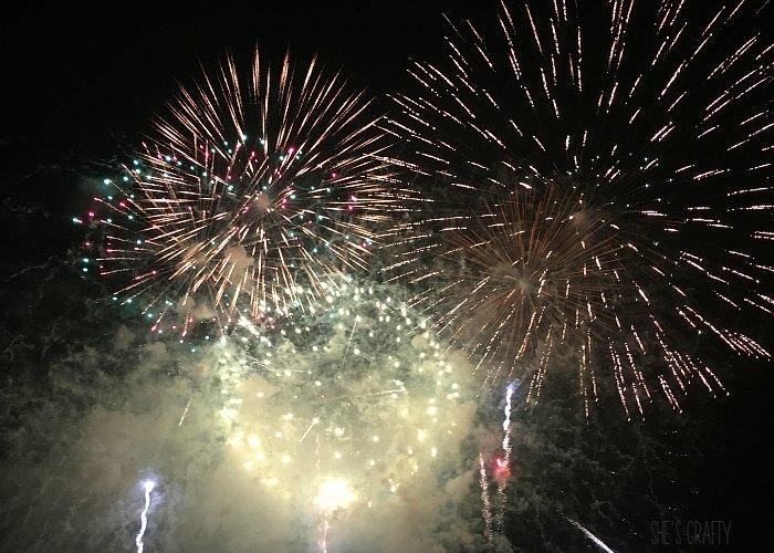 nashville fireworks, nissan stadium, riverfront park