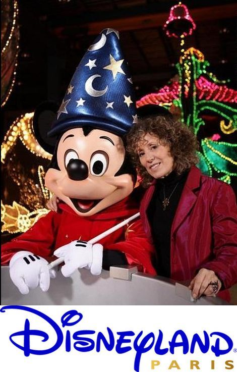 Disneyland et ses secrets (2012)