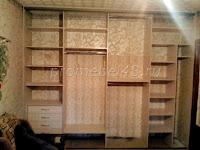 Шкаф за дверями-купе