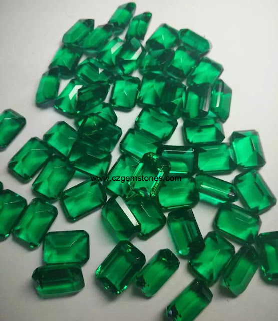 Artificial Emerald Stones
