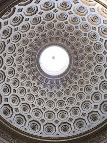 Dome ceiling with flower pattern