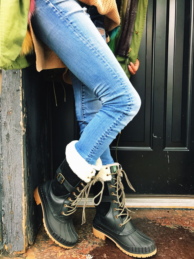 Cargo Jacket with Fur, Best snow and rain boot, How to style a snow boot, Kamik SiennaF Boot