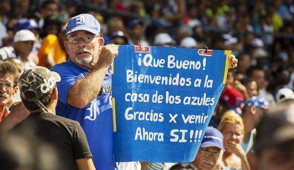 El Latinoamericano, el otrora Stadium del Cerro, el templo del béisbol cubano, vuelve a abrir sus puertas a una postemporada. Industriales le da el bate a su cuartel general con la serie play off ante Las Tunas