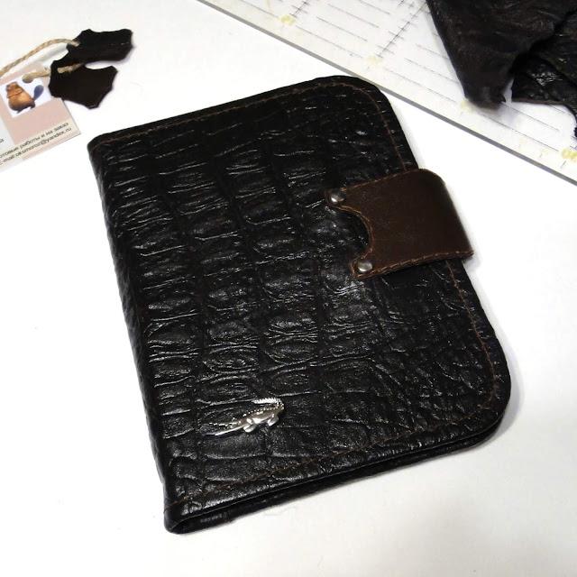 Коричневое портмоне мужское из натуральной кожи - ручная работа, доставка почтой или курьером
